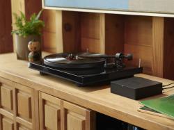 Sonos Port Neptune_Lifestyle-Turntable-Alt-Q4FY19_MST-MST_JPGDIGITAL_fid52022.jpg.png Y